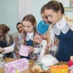 Благотворительная ярмарка Рождественских подарков